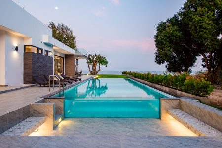 Pool villa by the sea, 7 places to go