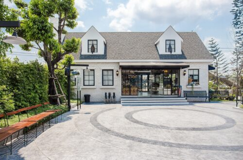 English style home design
