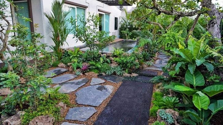 How to landscaping the front of the house, calling for property